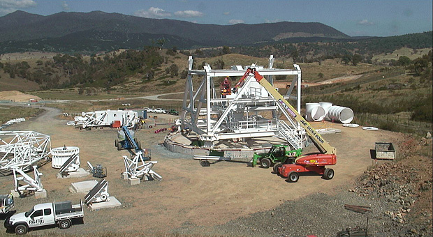 The webcams for Deep Space Station 35 are updated approximately every 30 seconds in daylight hours only. Photo: CDSCC