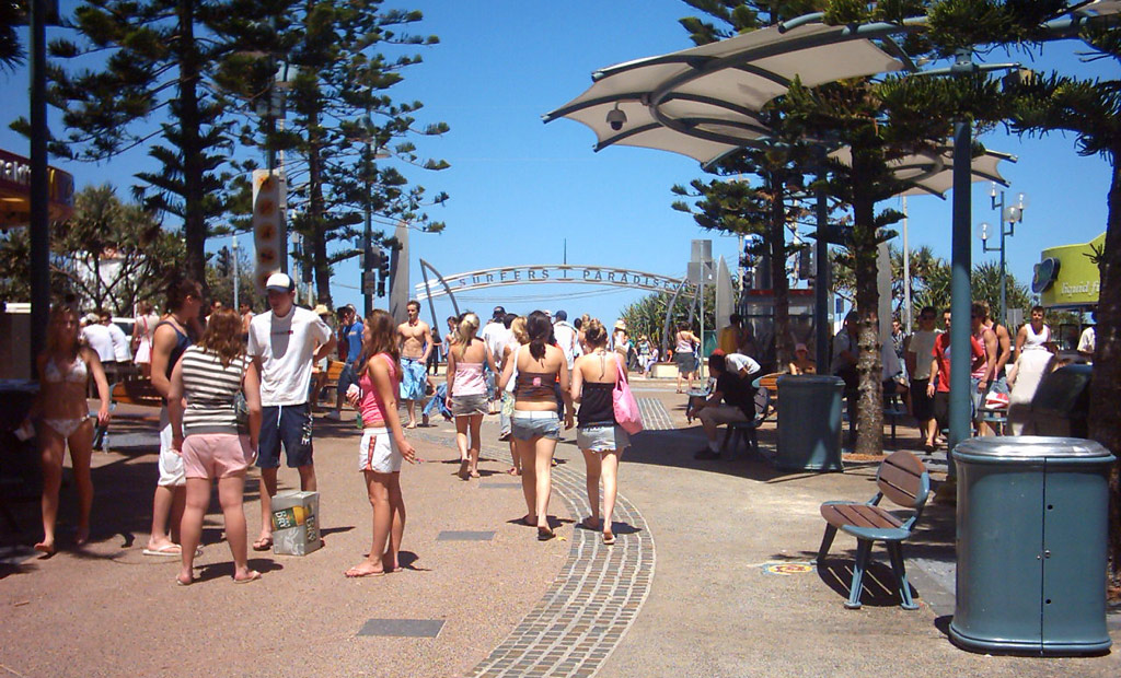Schoolies soak up the sunshine at Cavill Avenue mall at Surfers Paradise, Queensland. (Wikimedia Commons)