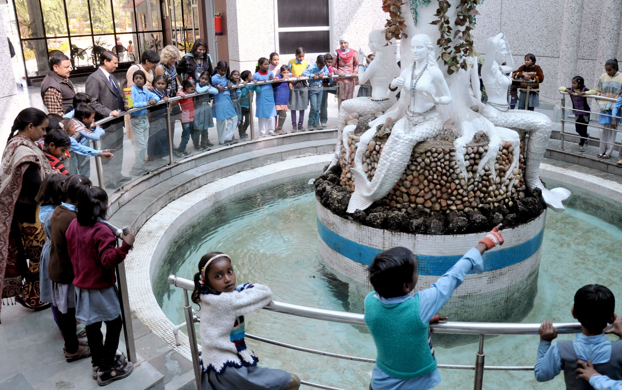 Rural school kids from Lucknow learn about water safety at the Ganga Aquarium.