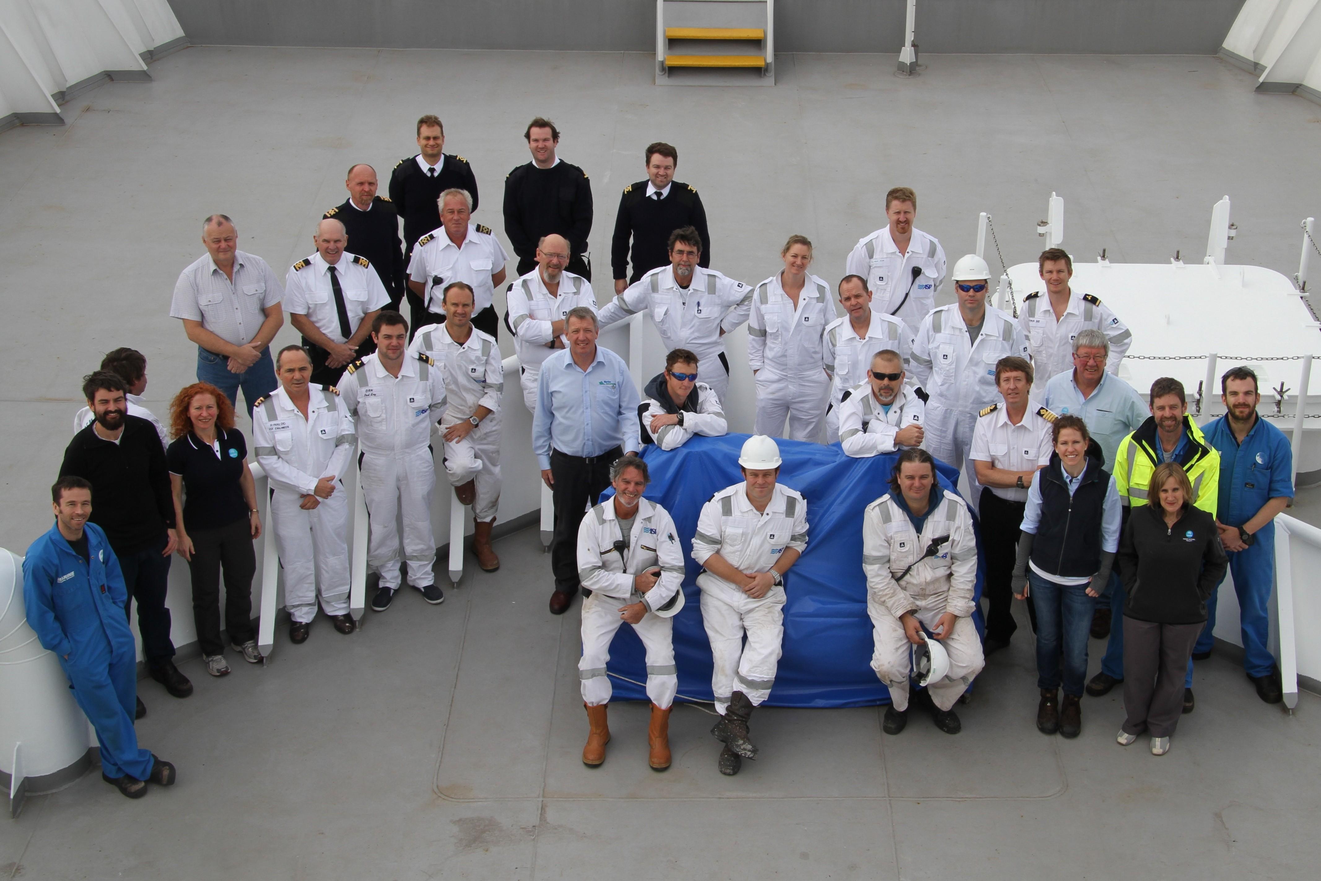 RV Investigator delivery crew (image CSIRO/Max McGuire)