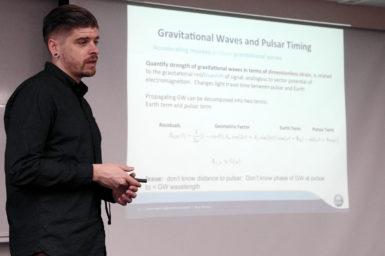 Dr Ryan Shannon giving a talk on pulsar science at Kagoshima University.