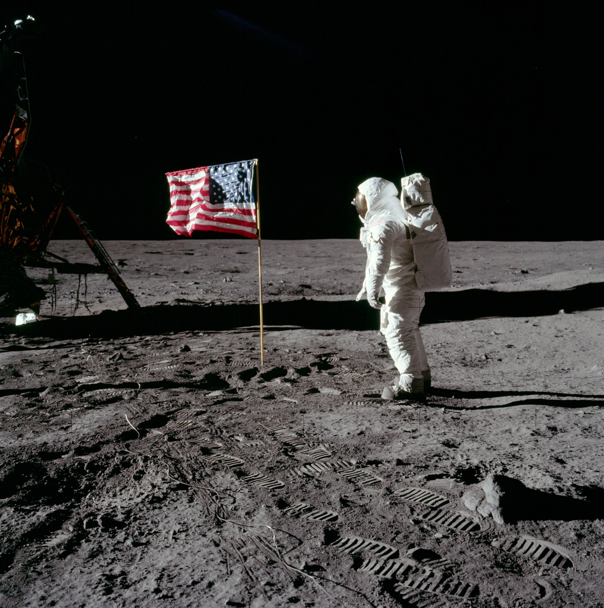 The first ever Moon landing: a momentous occasion, broadcast around the world thanks to the Australian-US partnership.