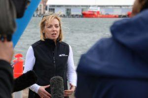 RV Investigator arrives into Hobart 09092014 (Toni Moate)