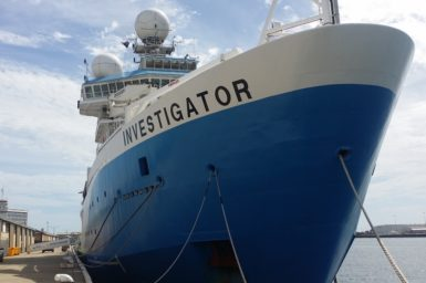 RV Investigator in Fremantle Port 2