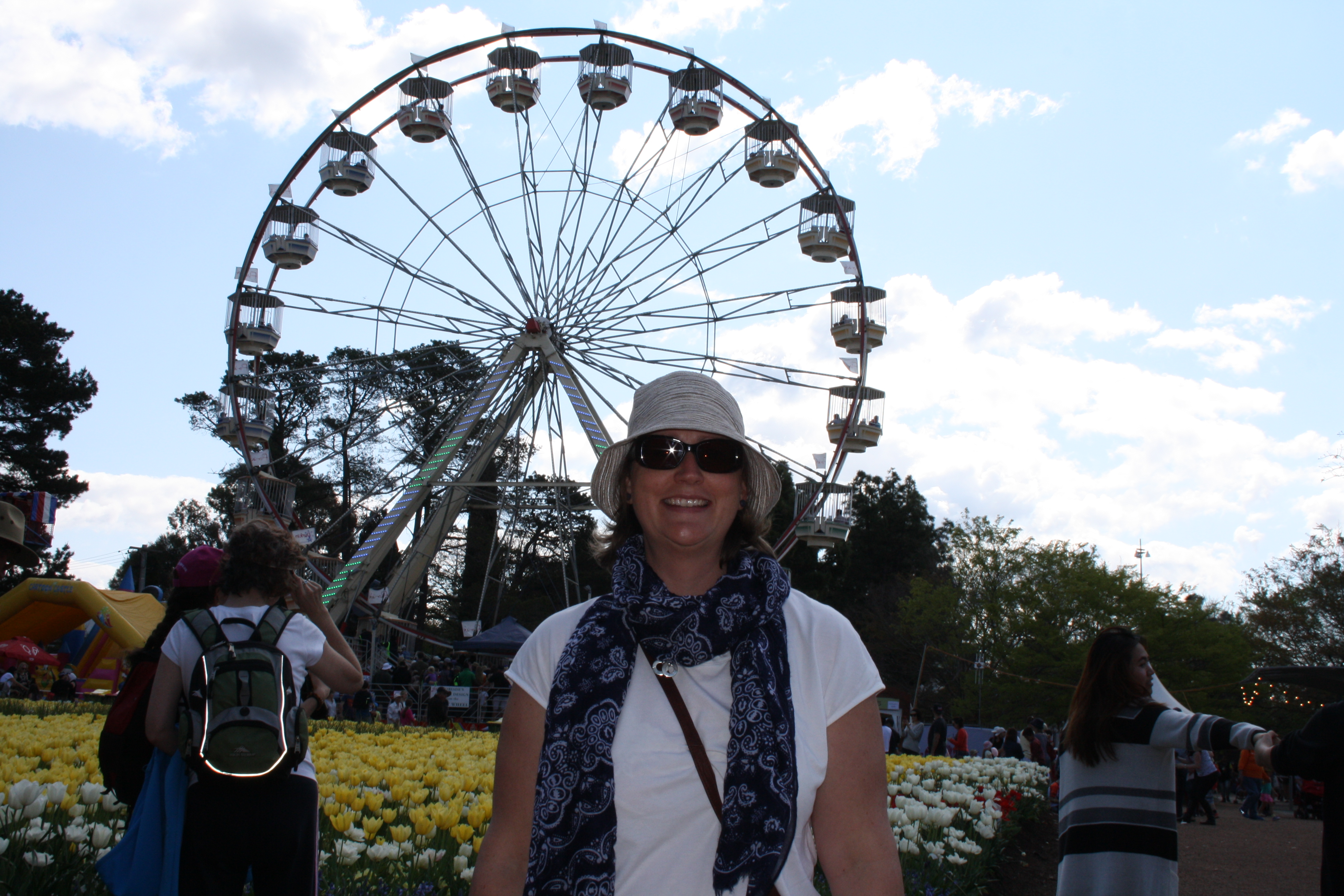 Felicity Kelly in front of ferris wheel