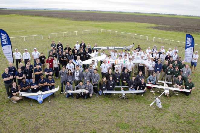 The ten teams of the 2016 UAV Challenge Medical Express.