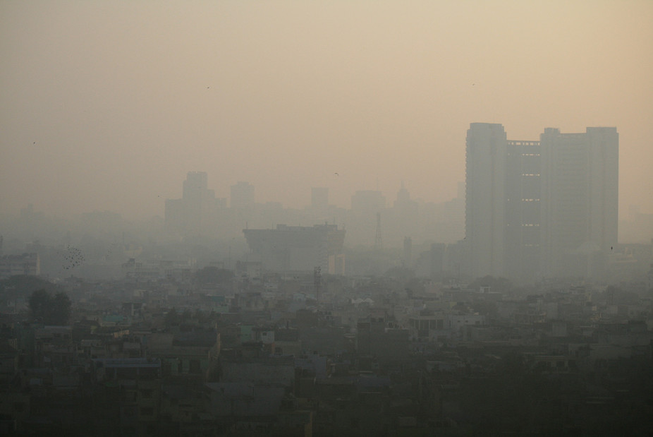 New Delhi's pollution is among the worst in the world. Each autumn, when crops are burnt and wind speeds are low, it risks rising to crisis levels. Jean-Etienne Minh-Duy Poirrier , CC BY-SA