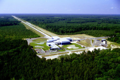 Aerial image of one of the unique L-shaped LIGO Observatories in the US – the Livingston Detector Site. Image: altech MIT LIGO Lab