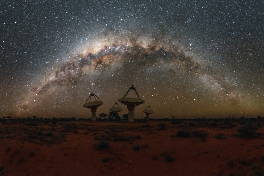 Antennas of the ASKAP radio telescope under the milky way