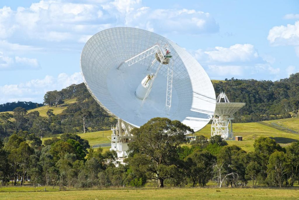 CDSCC's 70-metre antenna, Deep Space Station 43