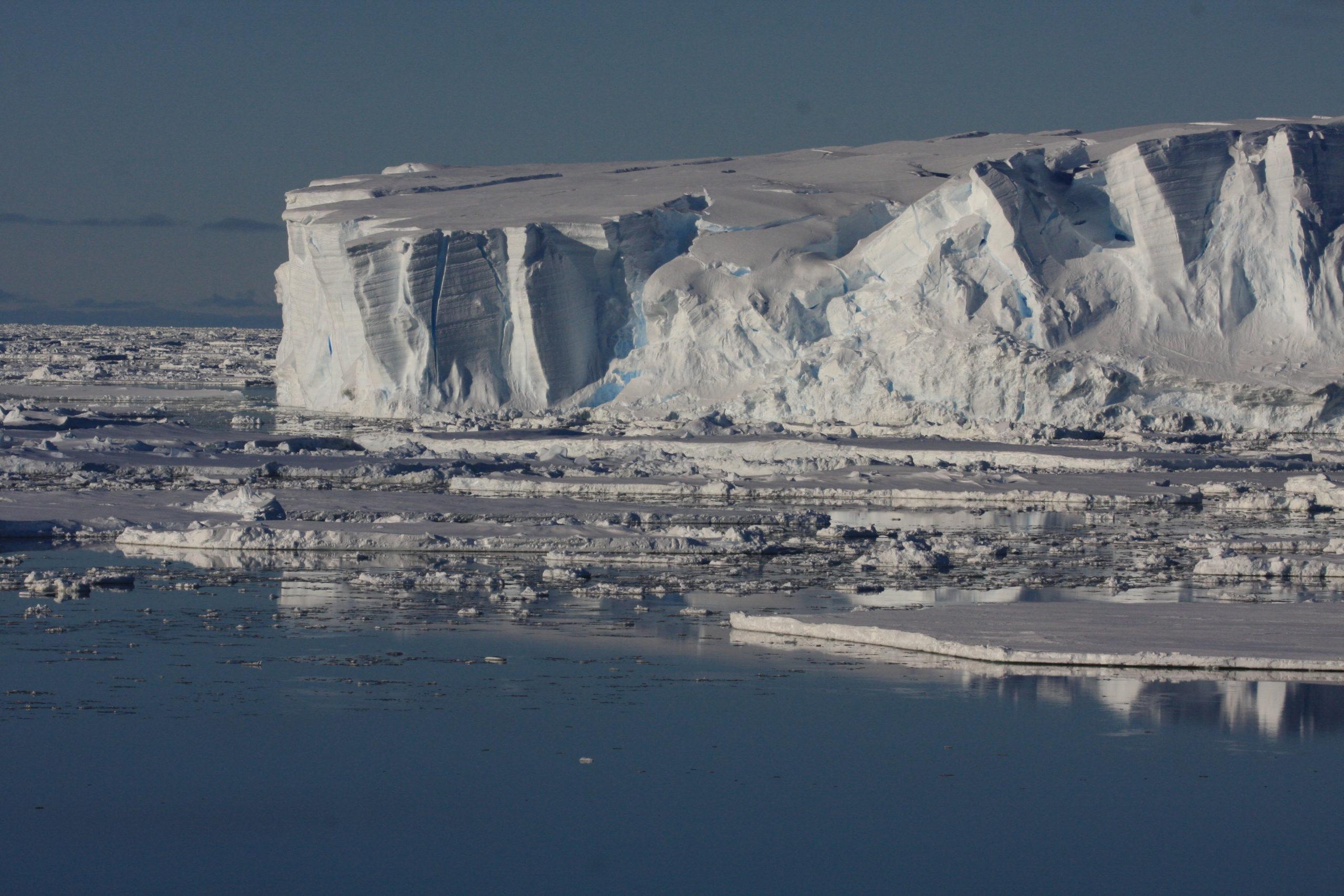 Totten glacier ice shelf, Antarctica's ice shelves